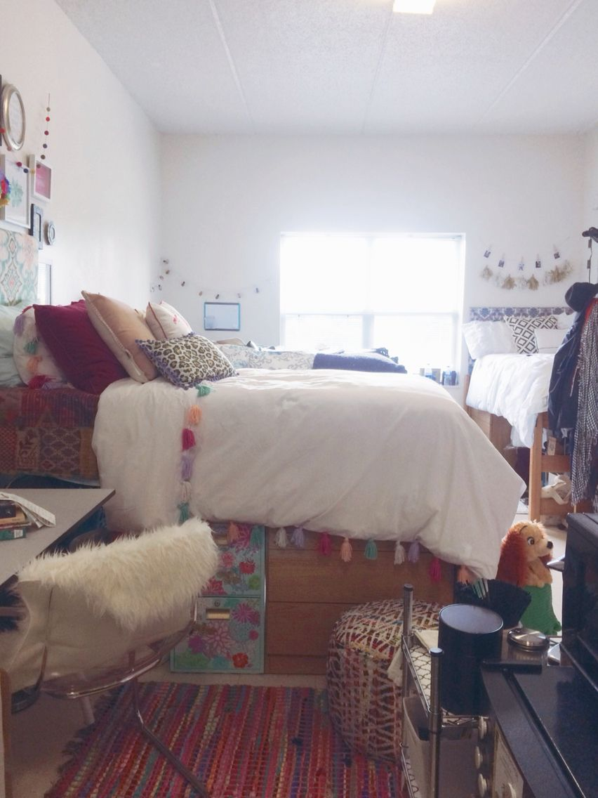 Decorating Ideas > My Bohochic Anthropologie Inspired Dorm Room At SCAD  ~ 221312_Boho Chic Dorm Room Ideas