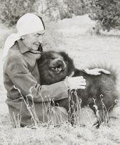 Georgia O'Keeffe and Chow, undated