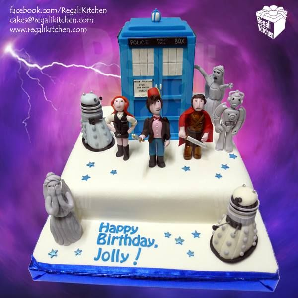 Geektastic Doctor Who Cake with Edible Character Cake Toppers