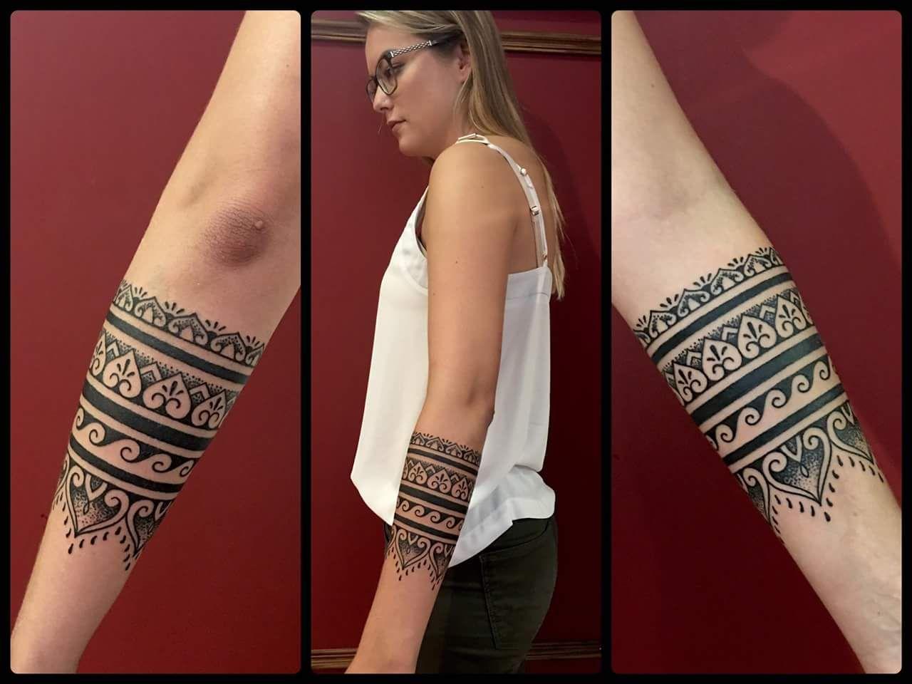 30 Beautiful Tribal Tattoo Ideas In 2020 Polynesian Tattoo Arm Band Tattoo Tribal Armband Tattoo