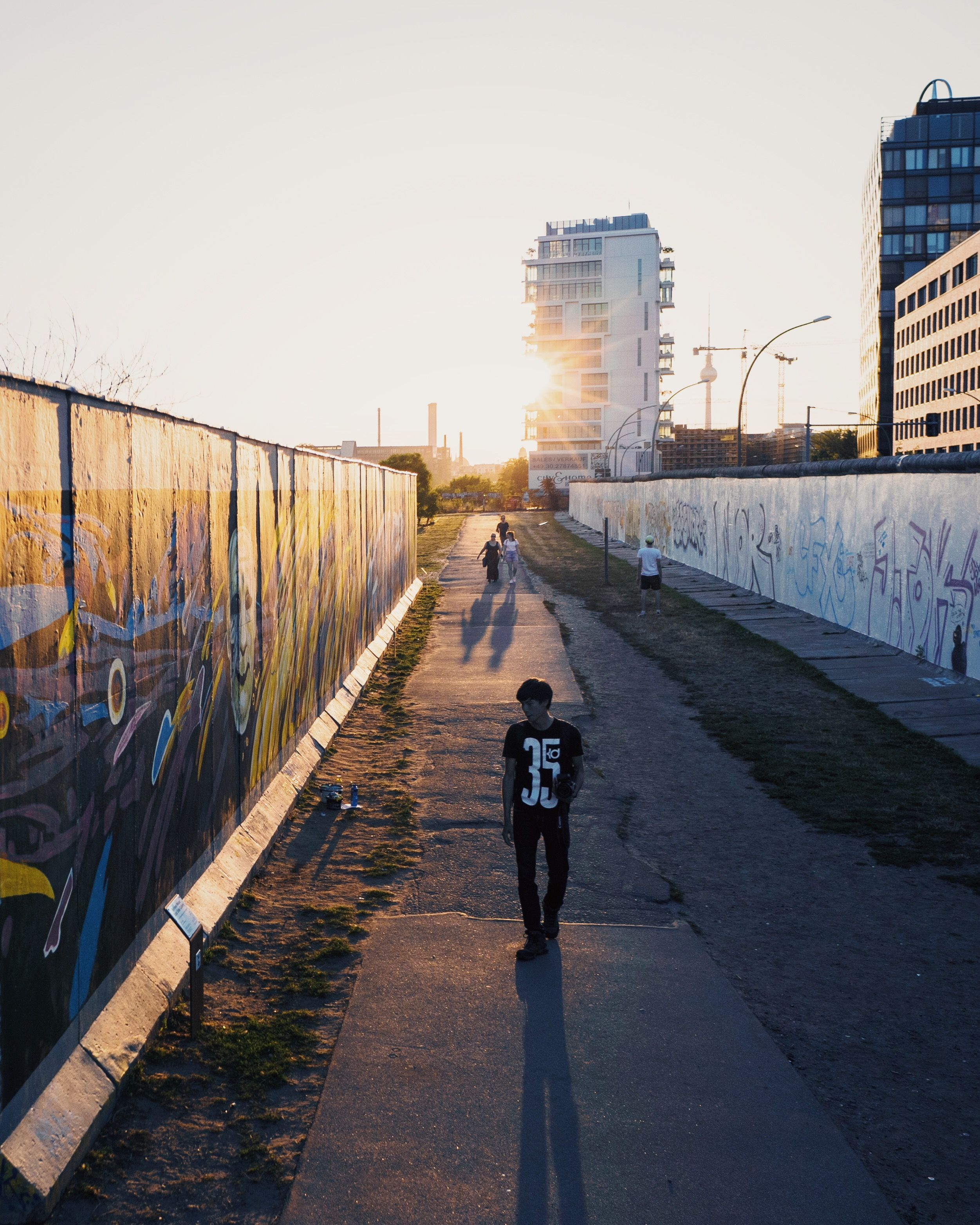 between the walls - East Side Gallery  #eastsidegallery #Berlin Joerg Nicht