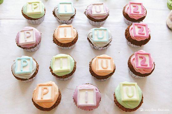 Cupcakes de Cubos de Letras