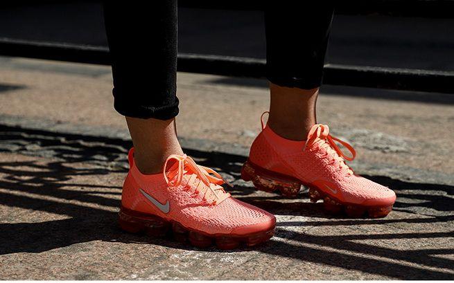72ce56c110ba Nike Air VaporMax 2 0 Womens Running Shoe Crimson Pulse White 942843 ...