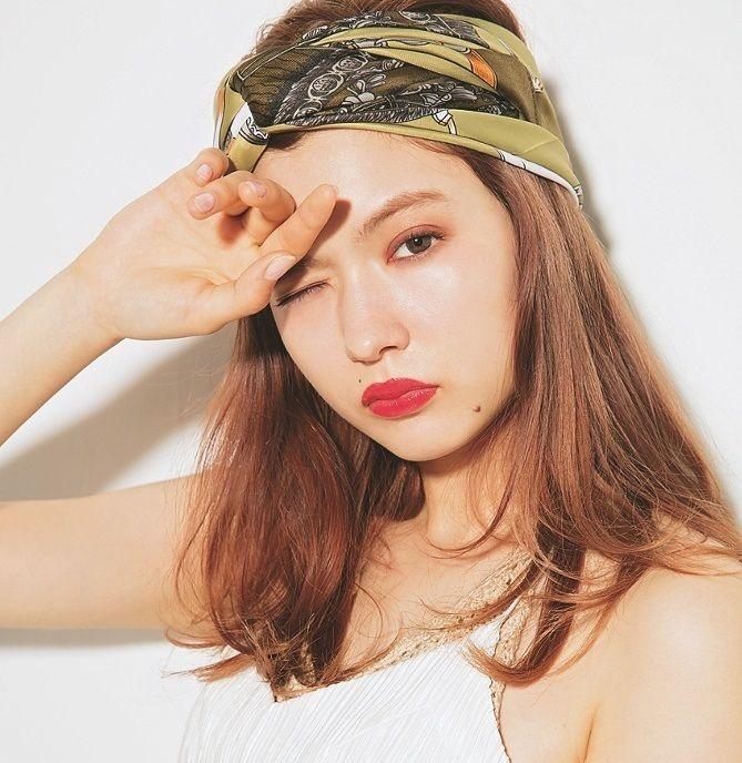 八木アリサのロングヘア画像