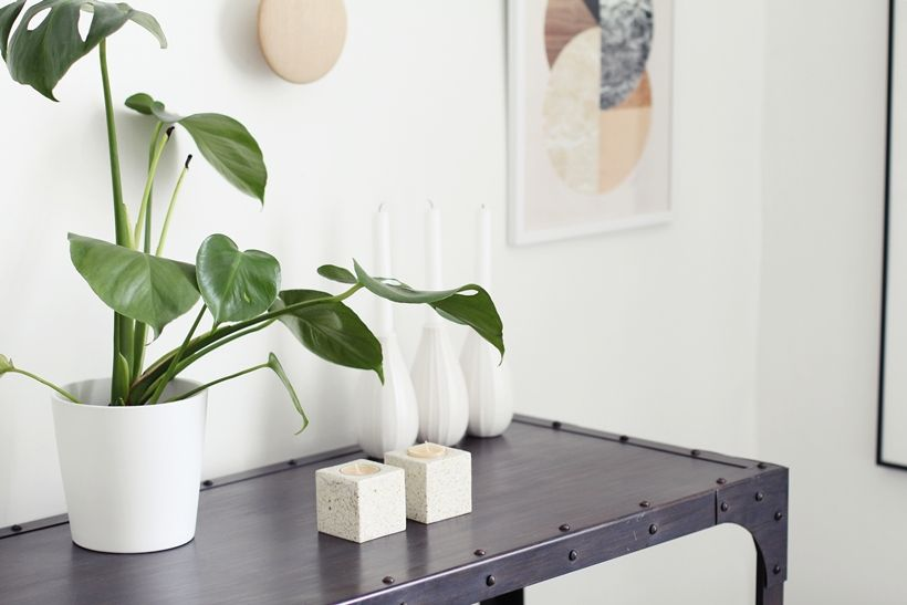 Via My Second Hand Life | Black and White | Muuto the Dots
