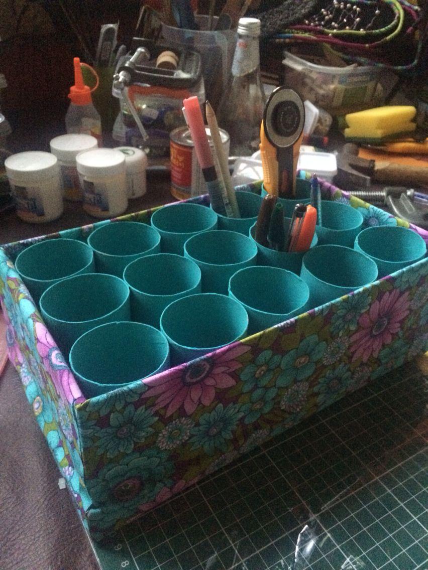 Organizador hecho con caja de zapatos y tubos de papel - Zapateros de tela ...