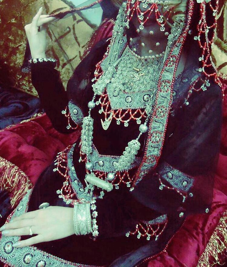 Yemeni Traditional Women S Dress Yemeni Clothes Yemen Clothes Yemen Women