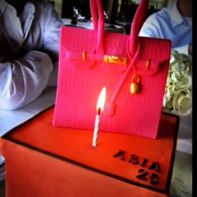 Rose Shocking Birkin Birthday Cake. This taste as yummy as it looks! Dark Chocolate and Banana cake - oooohh!