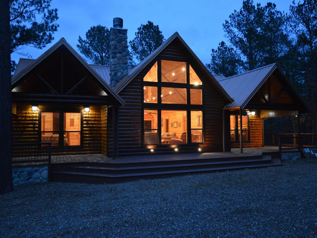 Photo of On A Whim is a luxury log cabin that has something for everyone – Broken Bow