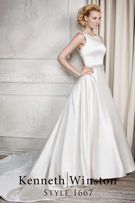 Simple Pearl Satin Wedding Dress With Sparkly Low Open Back Braut Brautkleid Kleider [ 1500 x 1000 Pixel ]