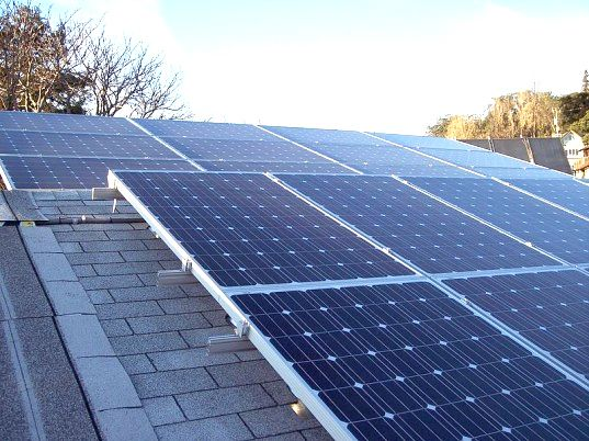 Condo Owners Fight Homeowner Associations For Their Right To Install Solar Power Solar Panels Best Solar Panels Solar