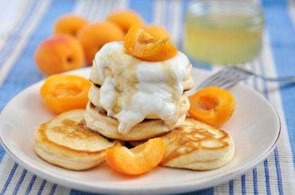 Творожные оладьи на завтрак: Три вкусные идеи | Рецепты из ...