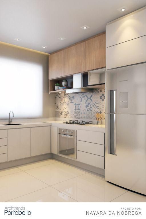 Os tons claros, do chão ao teto, predominam nesta cozinha