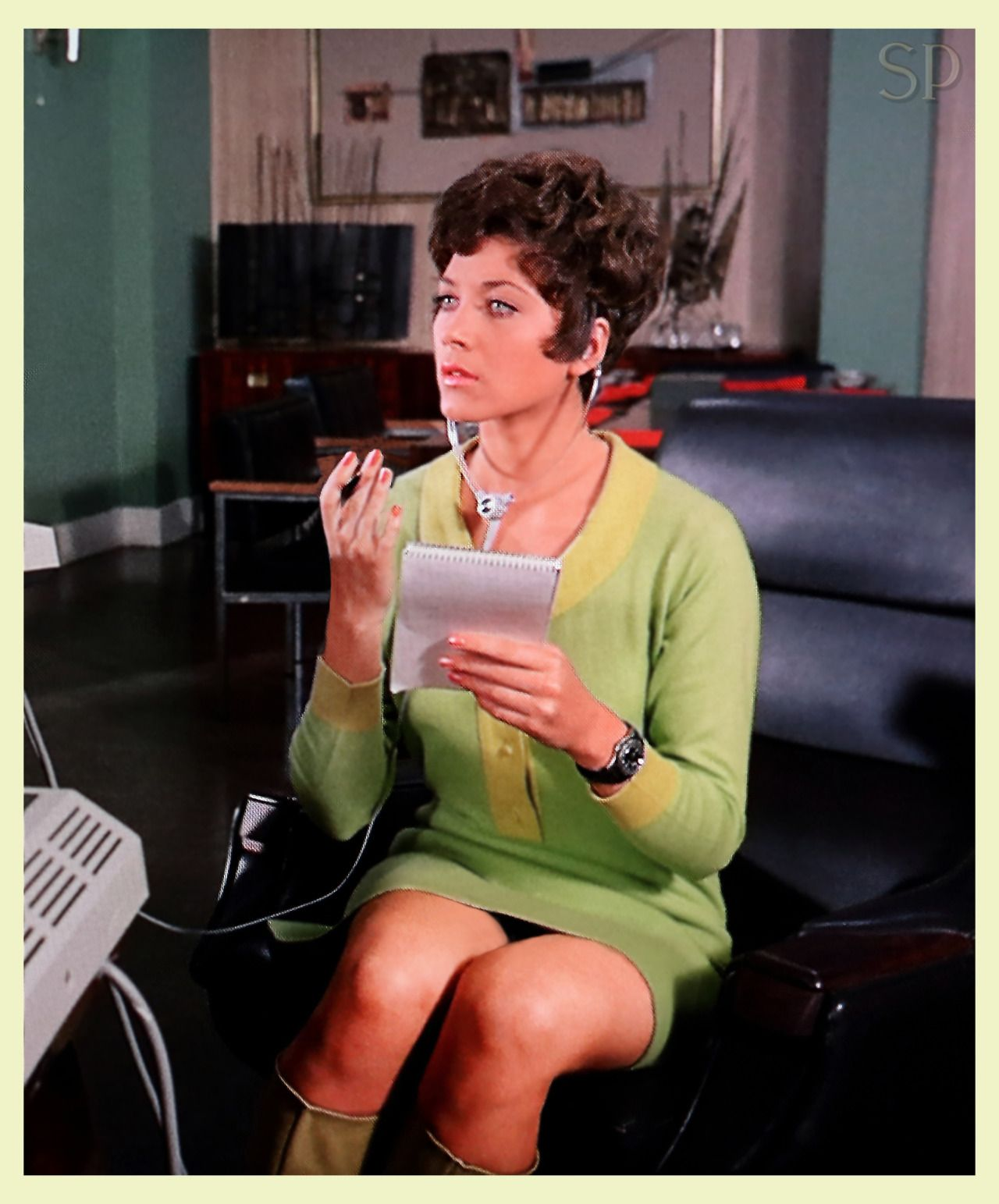 Linda thorson as tara king avengers 60s tv show hereky linda thorson as tara king avengers 60s tv show thecheapjerseys Images