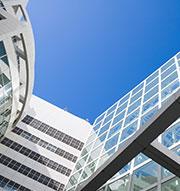 http://www.cfd-at.com  Die CFD Solutions GmbH bietet professionellen Online-Verkauf von Waren weltweit durch entsprechende Präsentation und Platzierung ihrer Produkte. Ankauf von Luxus-Waren.