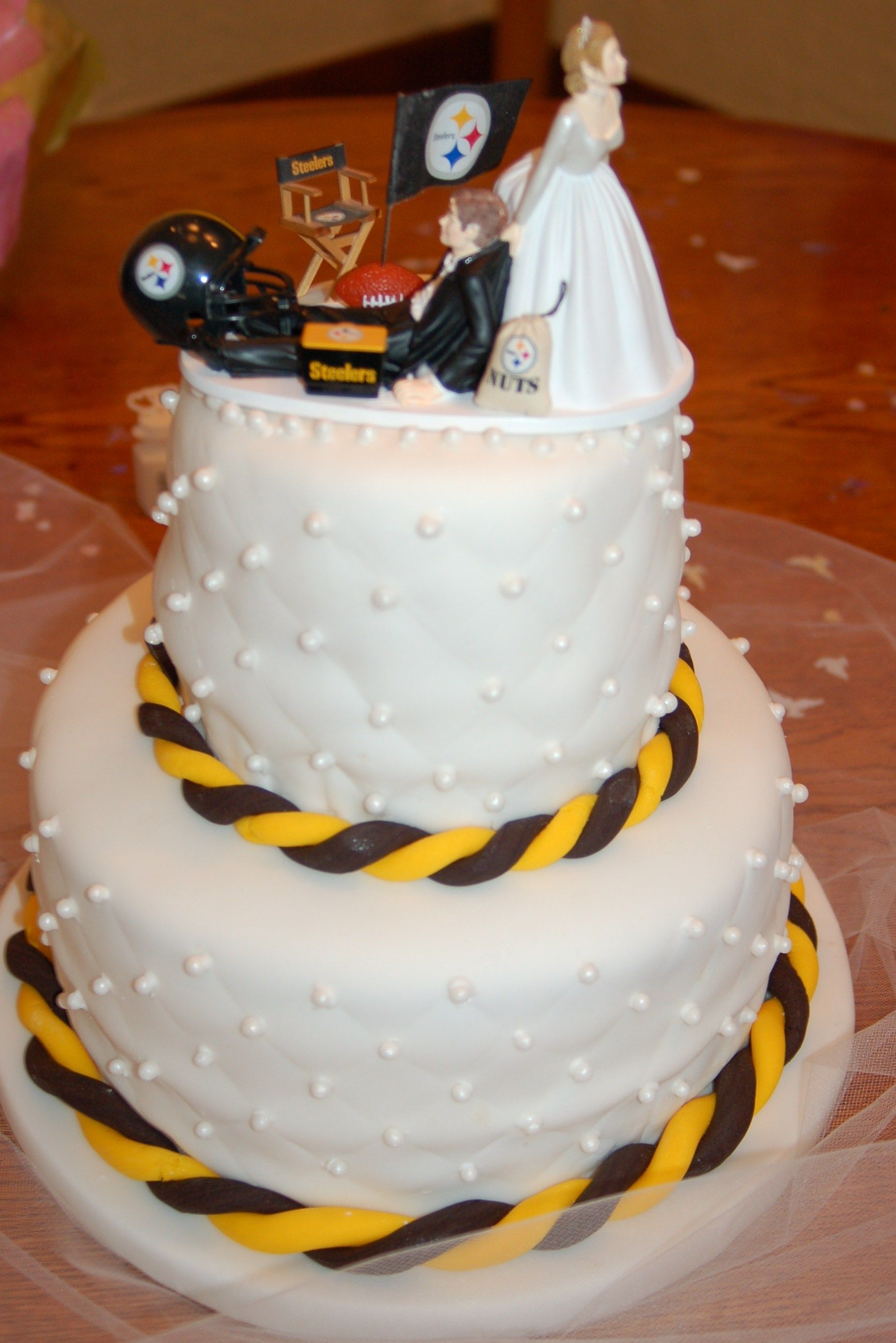 Football Wedding Cakes Steeler Wedding Cake Cake Toppers On Cake
