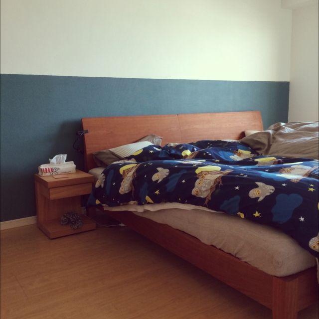 Toyさんの、壁面ディスプレイ,IKEA,リメイク,ブラックチェリーのベッド,ベッドルーム ,寝室ベッド,DIY,壁面がインテリア,ペイントしました。,壁を自力で塗ってみました。,壁をペイントしたい〜,ベッド周り,のお部屋写真