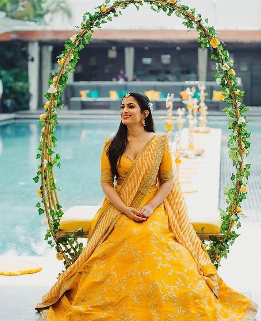 Brides Are Sunshine Ing In Yellow Lehengas It S A Refreshing Sight Wedding Decor Elegant Indian Wedding Decorations Indian Wedding Photography [ 1106 x 900 Pixel ]
