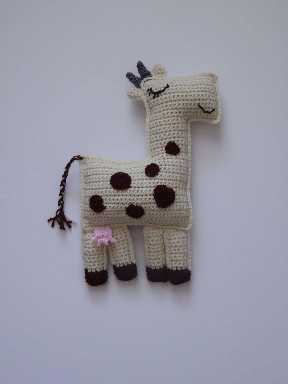 Amigurumi Cow - Free Crochet Pattern - Stella's Yarn Universe | 3000x2250