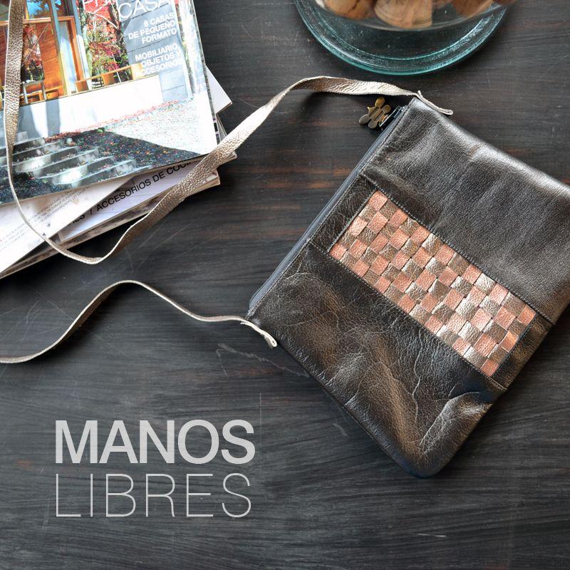 Bolso manos libres, by LaSerna. Cuero.
