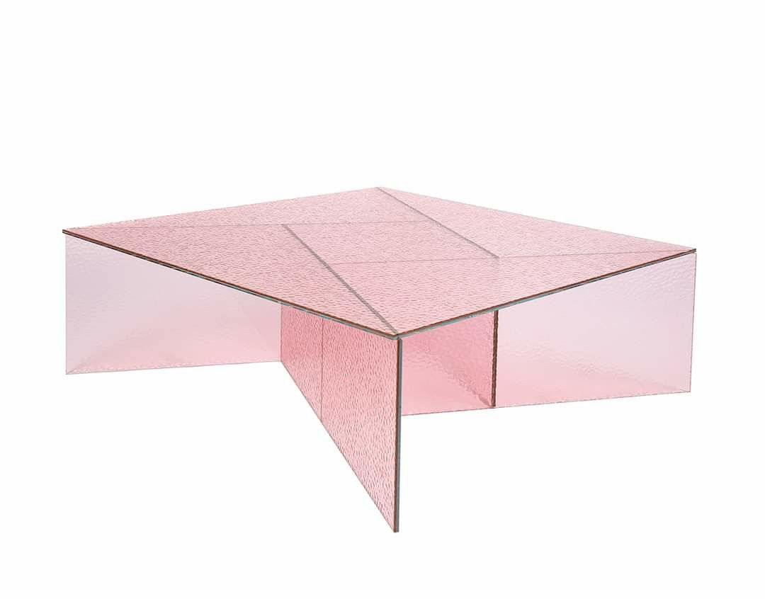 Pin By Sukaina Abdelhadi On Decor In 2020 Glass Coffee Table Coffee Table Colored Glass [ 846 x 1080 Pixel ]