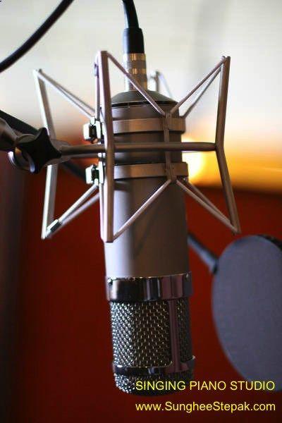 Singing Voice Vocal & Piano Lessons Vancouver 'Online lessons & Studio lessons' www.SungheeStepak...