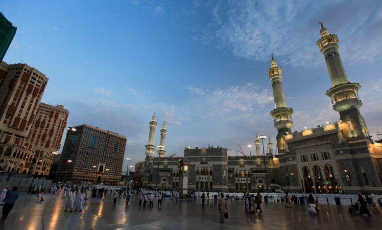 اكبر مسجد في العالم Mosque World Cn Tower