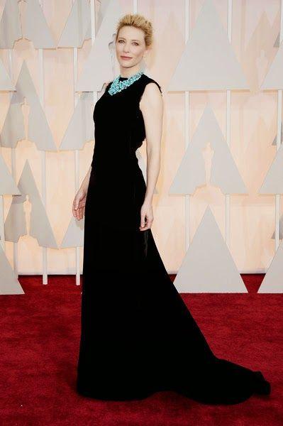 Sólo si eres Cate Blanchett  y si tu vestido lo ha diseñado John Galliano , puedes crear un momen...