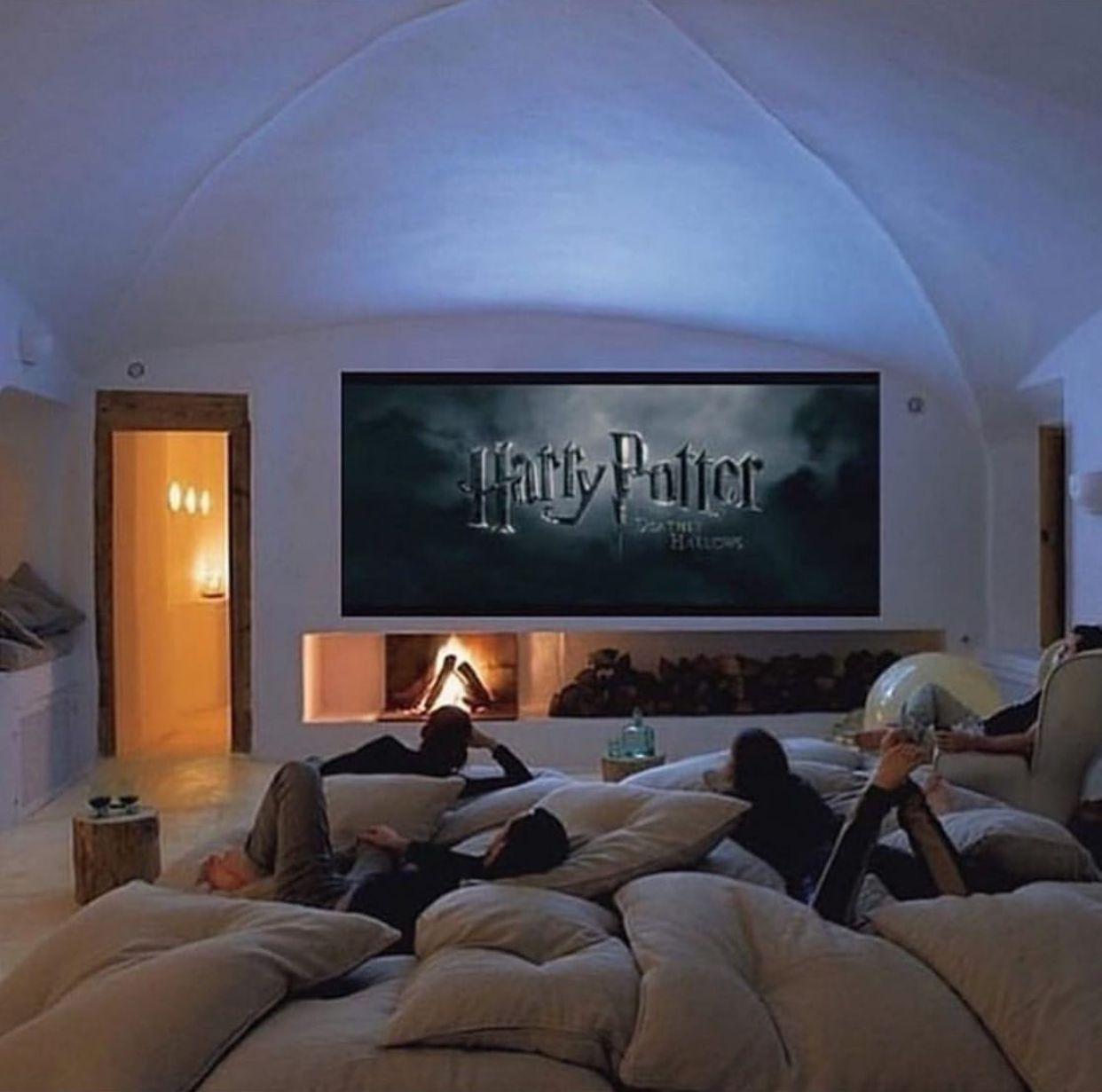 Pin By Talia Neiva On Casas Harry Potter Marathon Harry Potter Movie Night Harry Potter Movies