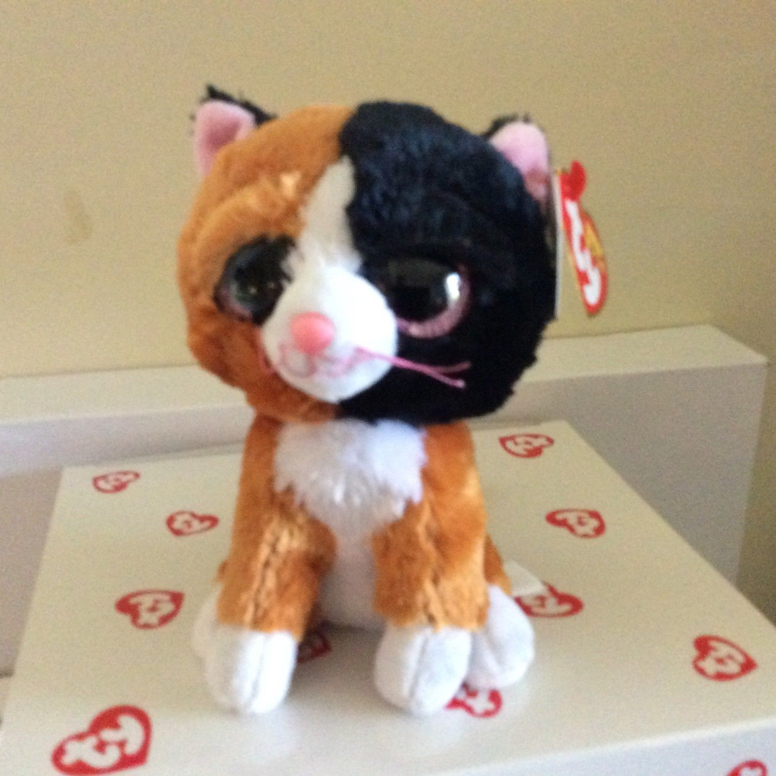 TY BEANIE BABIES BOOS TAURI CAT PLUSH SOFT TOY NEW WITH TAGS
