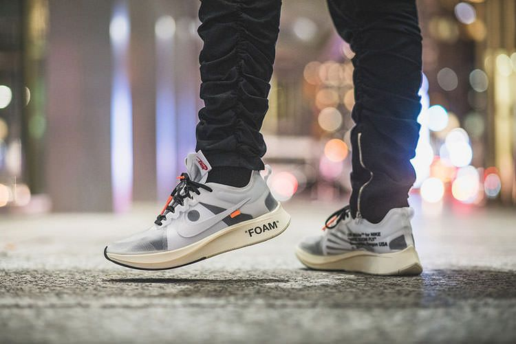 In an effort to pay tribute to the marathon runner, Virgil Abloh released  on her Instagram the OFF-WHITE x Nike Zoom Fly SP he had created for Eliud  ...