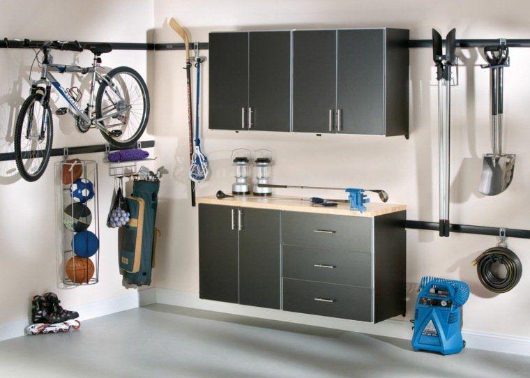 Range outils de jardin et organisation du garage | Outils de ...