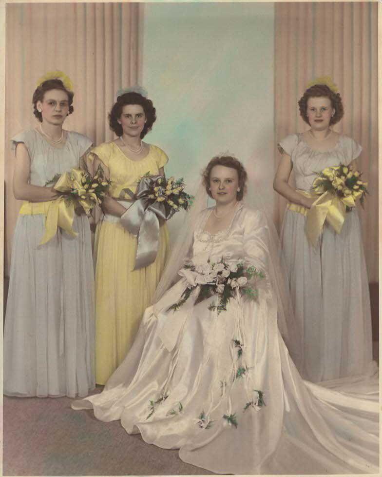 Pin By Sandy Vanderhoff On Vintage Bridal Party In 2020 Vintage Wedding Party Vintage Wedding Vintage Bridal