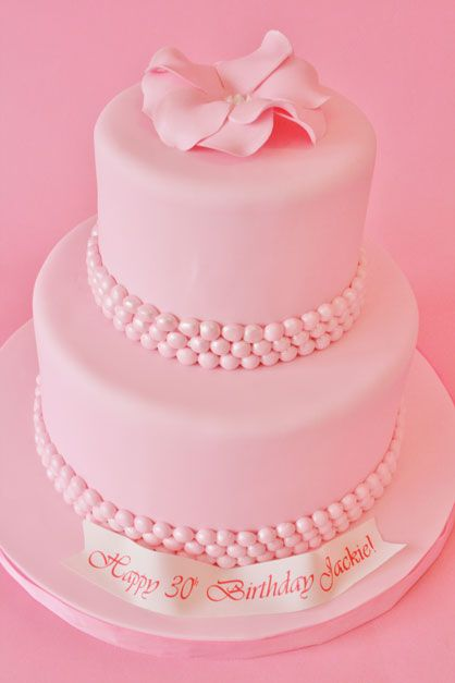 Pink Pearls Wedding Cake I M Thinking Pink Menthos Coated In Luster Dust