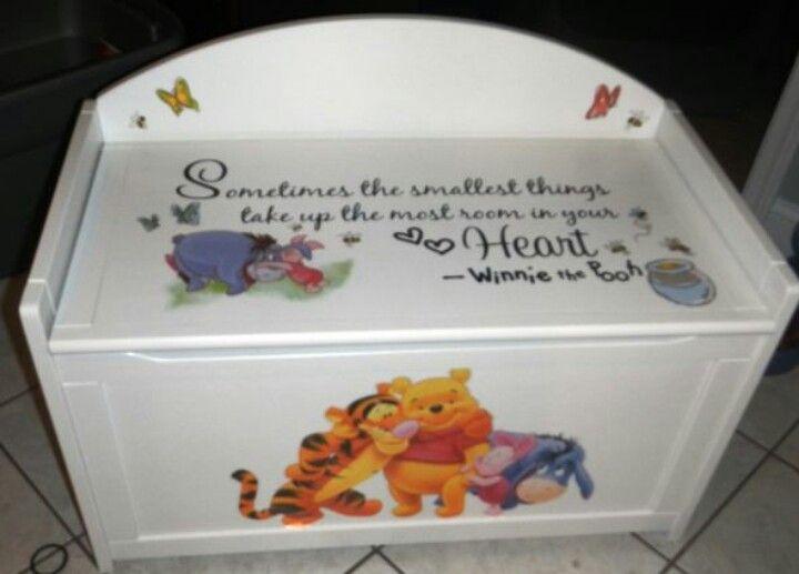48e202b1642e Pooh toy box
