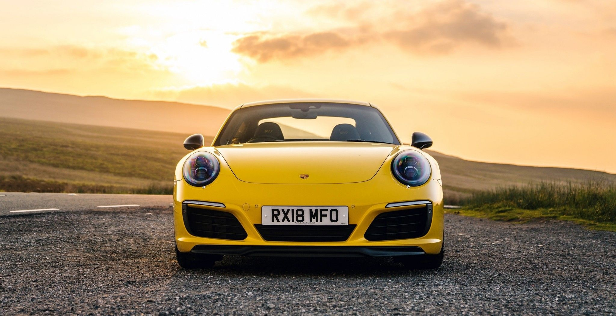 Pin By John Hassemer On Aa Wallpapers Sports Car Wallpaper Porsche 911 Carrera Car Wallpapers