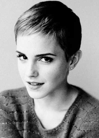 Emma Watson con su corte de pelo. ¿Cuál te gusta más? #moda #pelo #estilo
