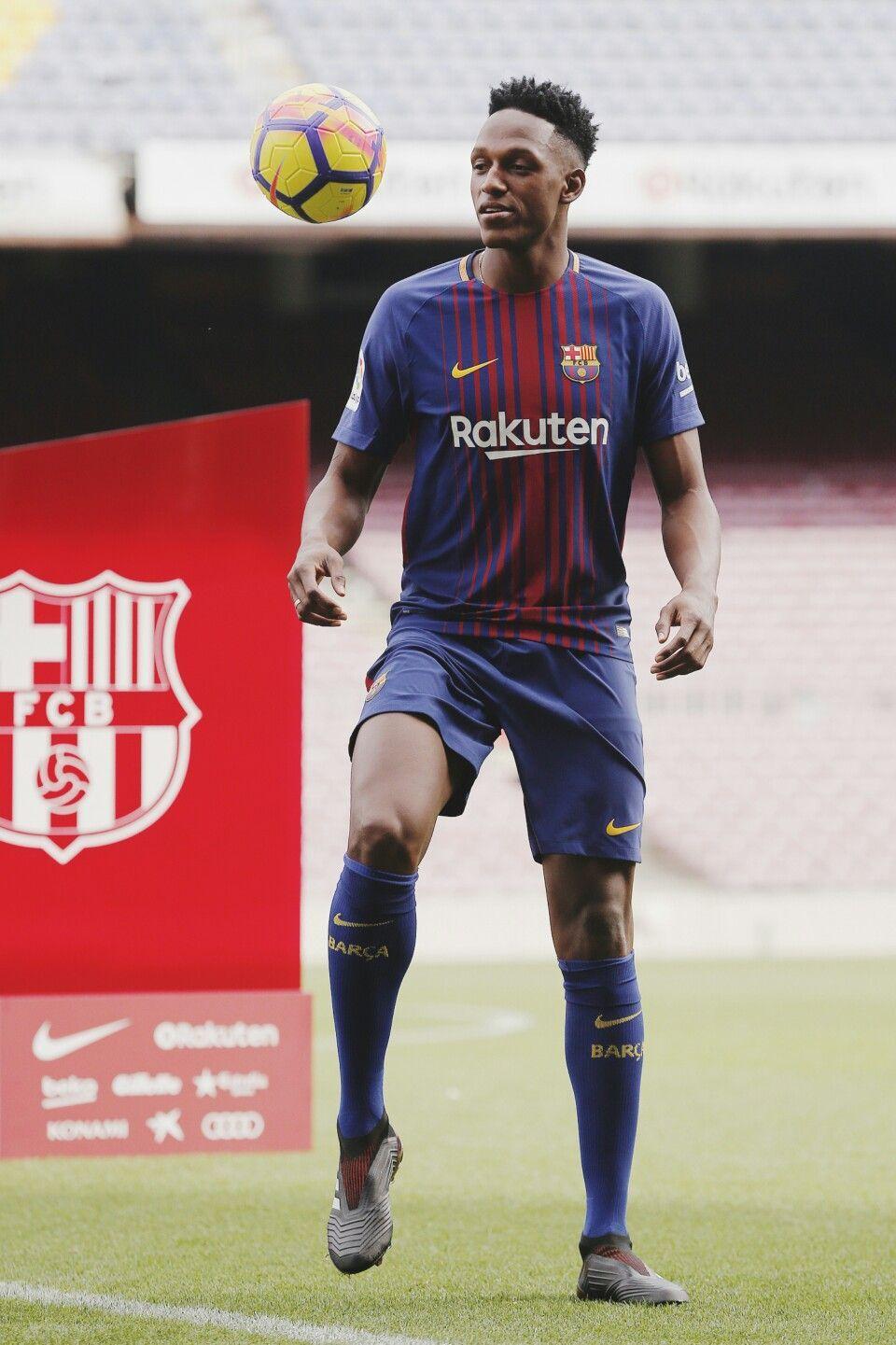 3d751a48c Presentación de Yerry Mina en el Barcelona ⚽  futbolsoccer ...