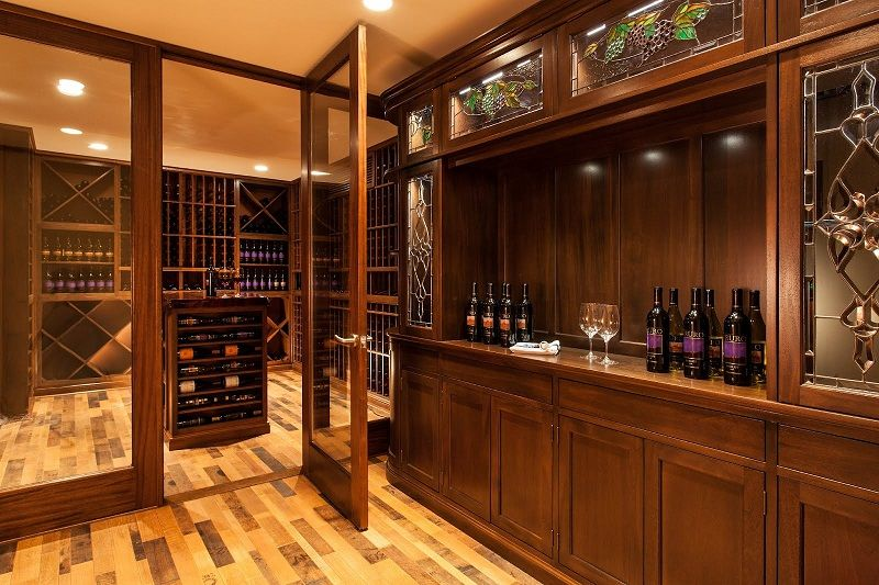 Another Example Of An Elegant Winecellar, This One Complete With Its Own  Counter To Enjoy