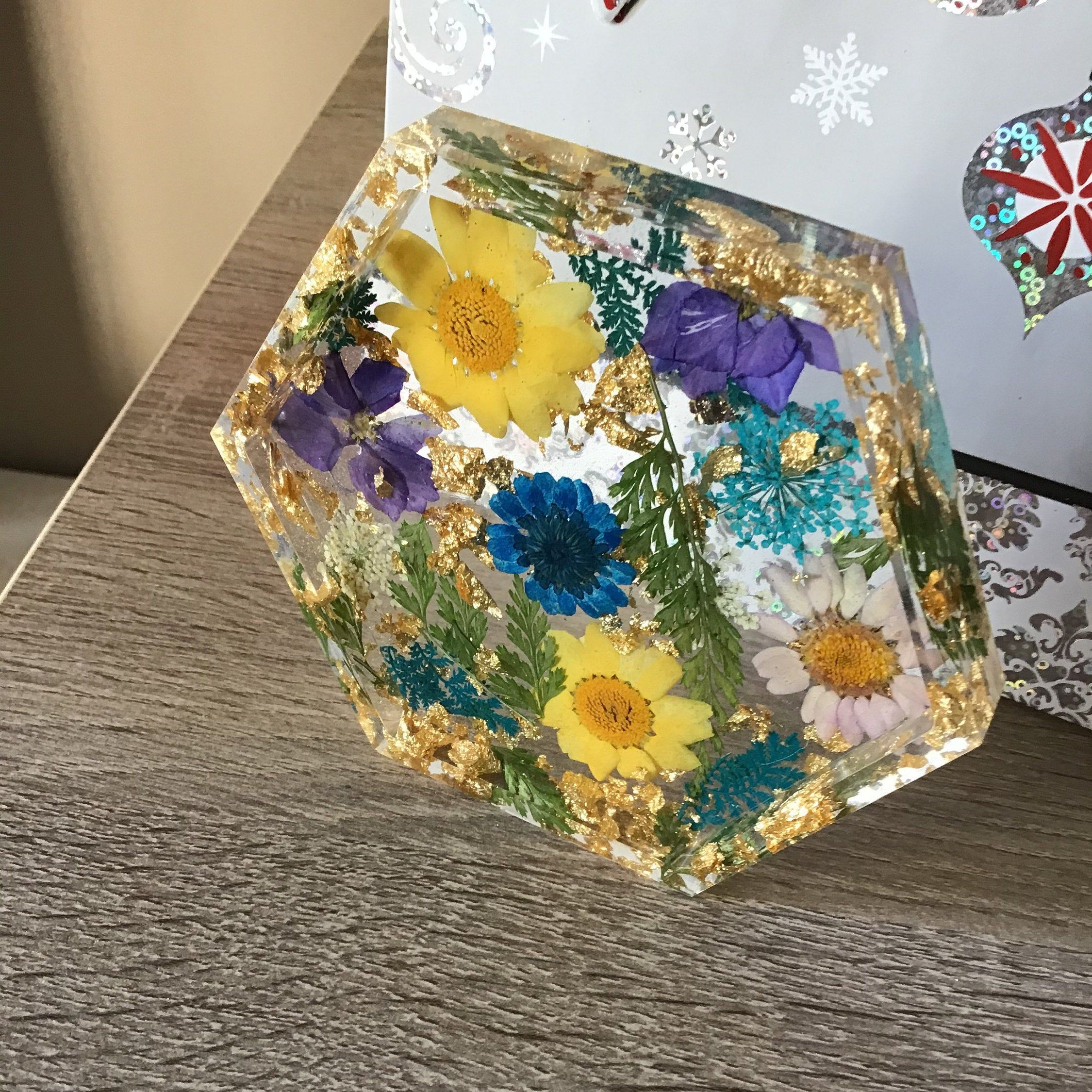 Resin Dried Flowers /& Butterfly Trinket Dish