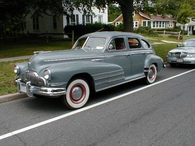Google Image Result for http://www.prewarbuick.com/img/cars/f/1942-sedan.jpg