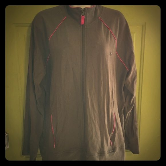 Old Navy workout jacket in brown & pink Old Navy brand zip up ladies workout jacket. Brown color with hot pink detailing. Women's size XL. Nice fit. From SF/PF home and in EUC. Old Navy Jackets & Coats