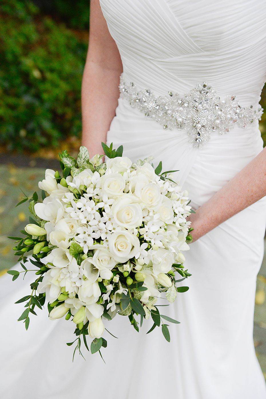 Jasmine and white rose bouquet ideas for wedding pinterest jasmine and white rose bouquet izmirmasajfo