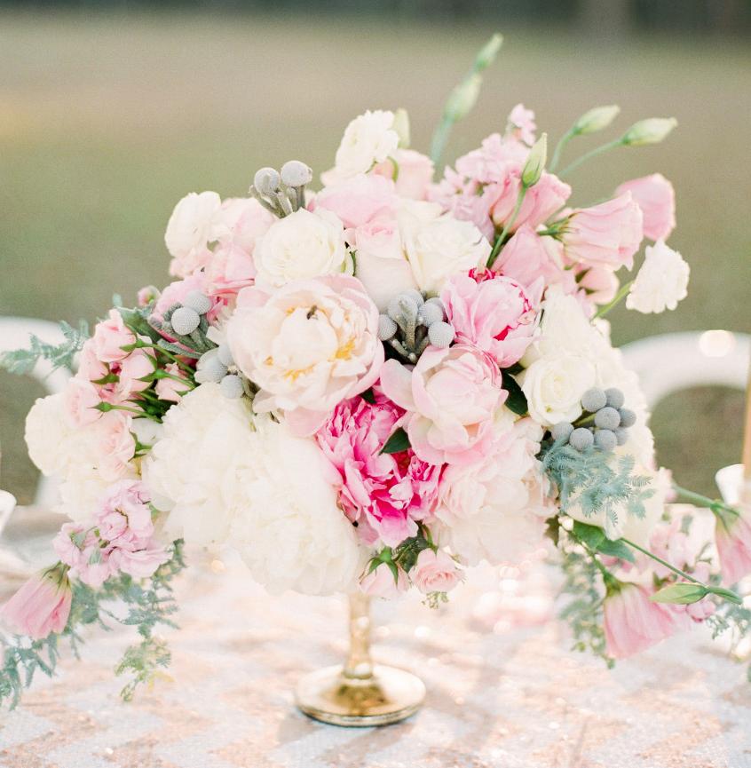 22 Absolutely Dreamy Wedding Flower Ideas