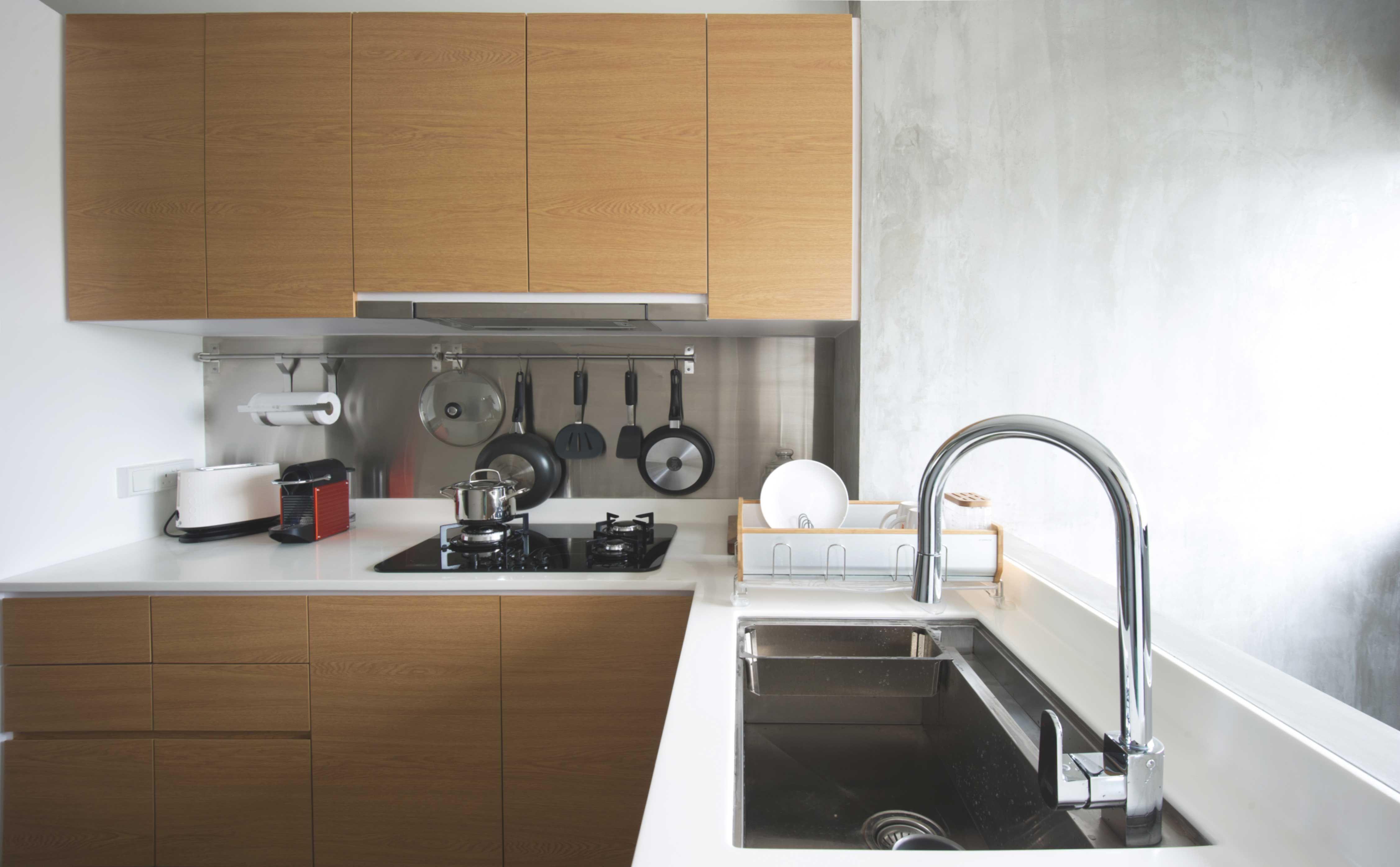 Kitchen Home Decor Singapore Stainless Steel Backsplash Kitchen Interior Design Modern Modern Kitchen