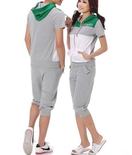 Short Sleeve Hoodie And Knee Length Pants