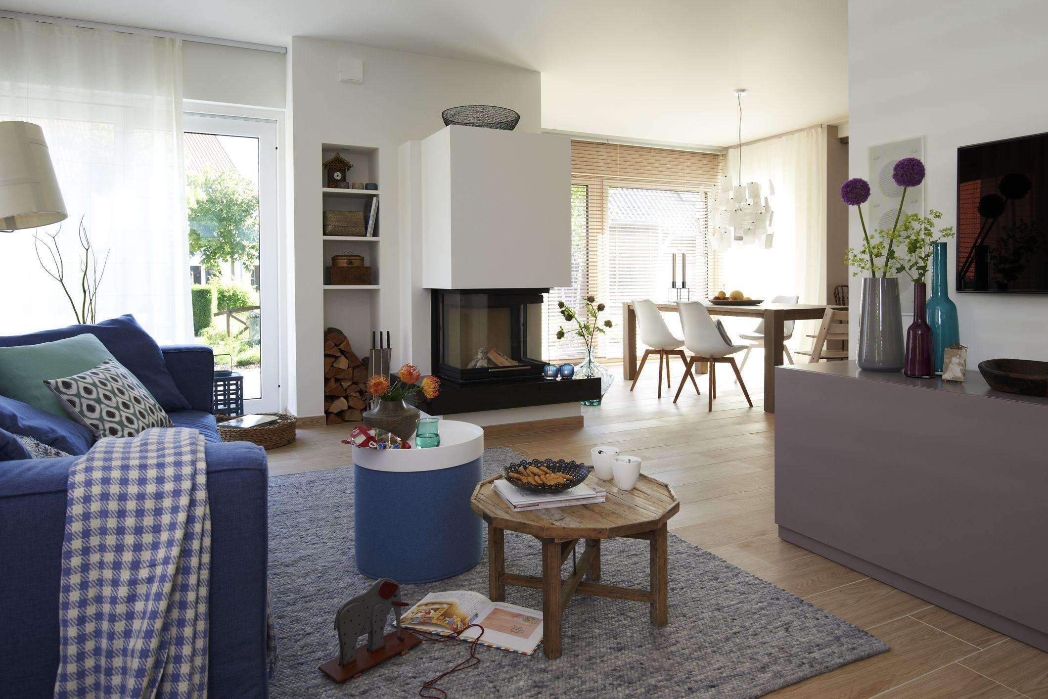 viebrockhaus edition 425 wohnidee haus das familienhaus wohn und essbereich kamin. Black Bedroom Furniture Sets. Home Design Ideas
