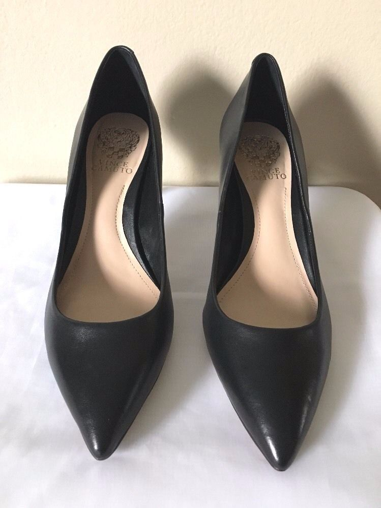 Pointed toe pumps, Pointed toe heels
