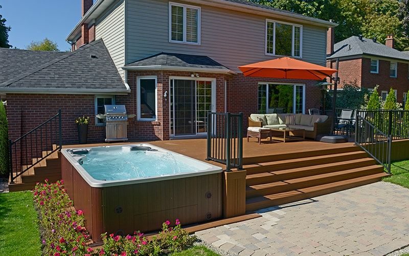 The 7 Most Inspiring Luxury Backyards Jacuzzi Exterieur Patio
