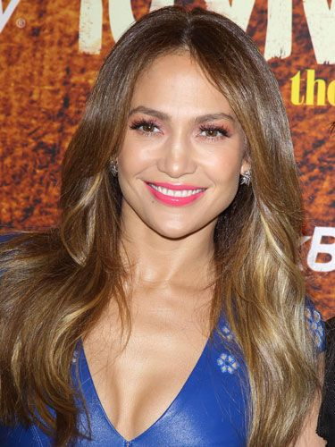 Try J Lo's trick and match your eye makeup to your lips!